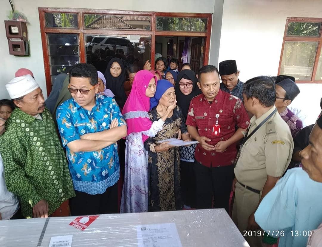 UPT Antarkan Jenazah PMI ke Kampung Halaman
